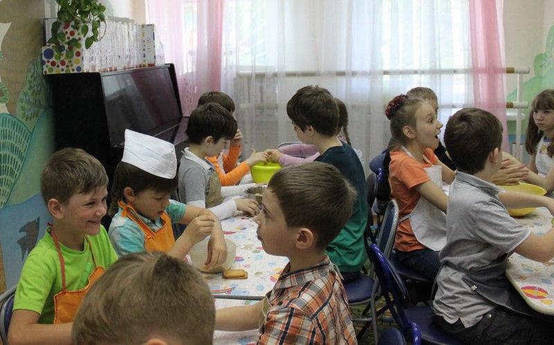 """Мастер класс """"Сладкая картошка"""" в городском лагере """"Остров детства на Таганке"""" в Москве"""